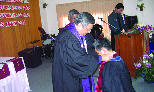 Bishop ordains the fi rst Methodist Elder in Thailand